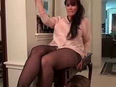 American moms to pantyhose part 3