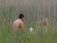 À freeze chasse de freeze coquine à gangbang dans son milieu naturel [Full Video]