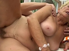 Chubby bush-leaguer grandma gets drilled
